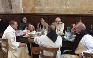 Belle rencontre sur l'île Saint-Honorat à l'invitation des Moines : visite, repas, échanges fraternels ! Merci...