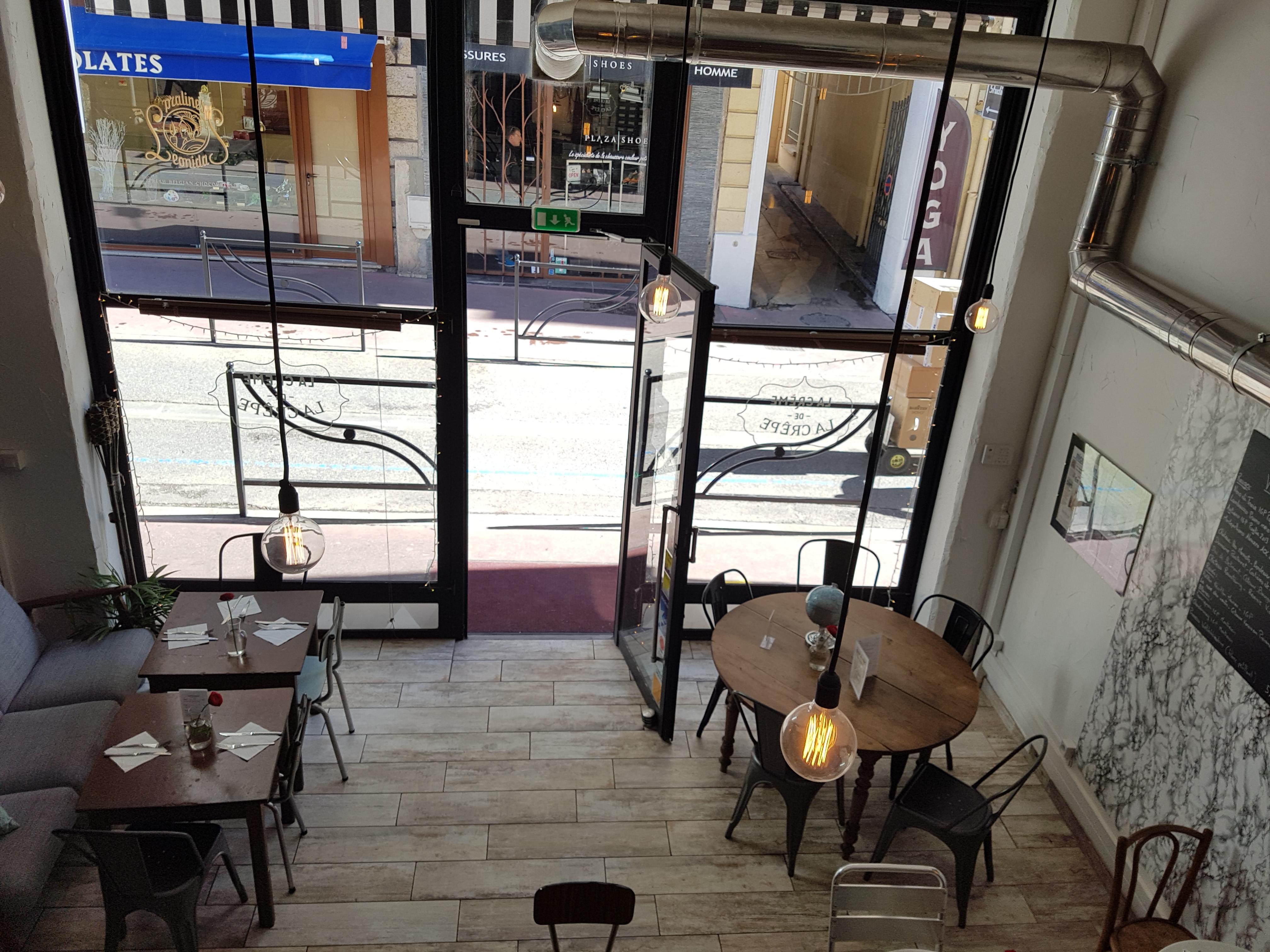 BLABLA CAFE DU LUNDI 1 MAI 2017 : TOUS ENSEMBLE à La Crème de la Crêpe - Rue Buttura - à Cannes à partir de 19h00