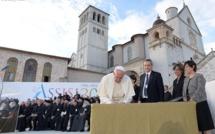 «Soif de paix : religions et culture en dialogue» - PRIERE OECUMENIQUE DU PAPE A ASSISE ET APPEL POUR LA PAIX AU MONDE